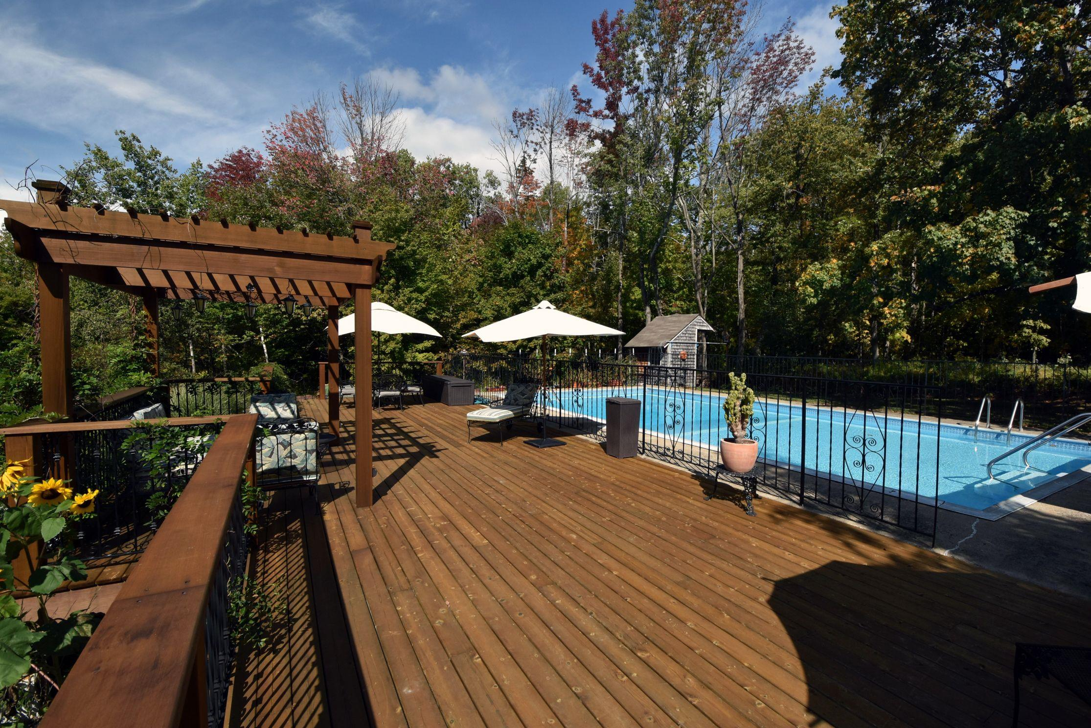 Cedar Deck and Pool